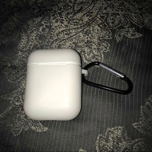 Other - Apple air pods